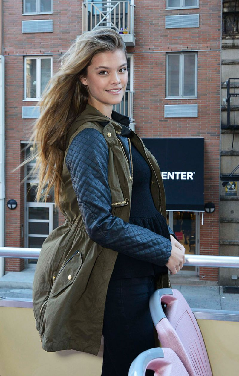 Nina Agdal Hosts A Tour Of Manhattan In NYC