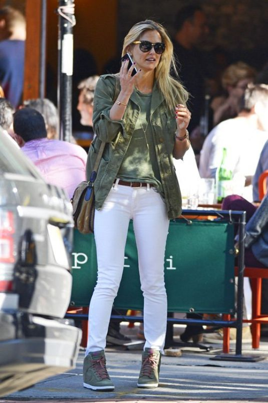 Bar Refaeli Out In NYC