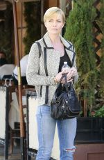 Jaime Pressly Grabs Lunch At il Pastaio In Beverly Hills