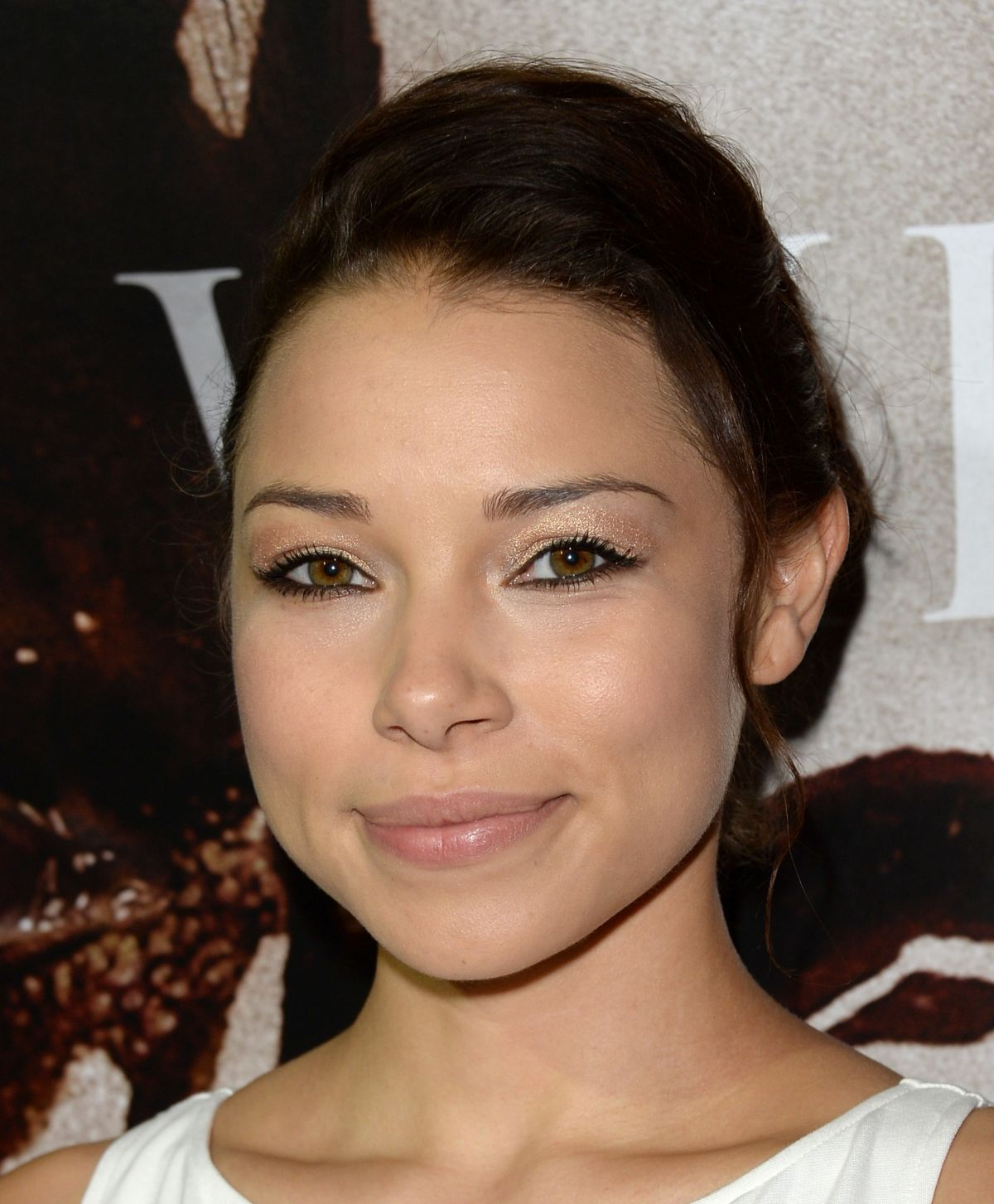 Jessica Parker Kennedy At Premiere Of Carrie At ArcLight Cinemas In Hollywood