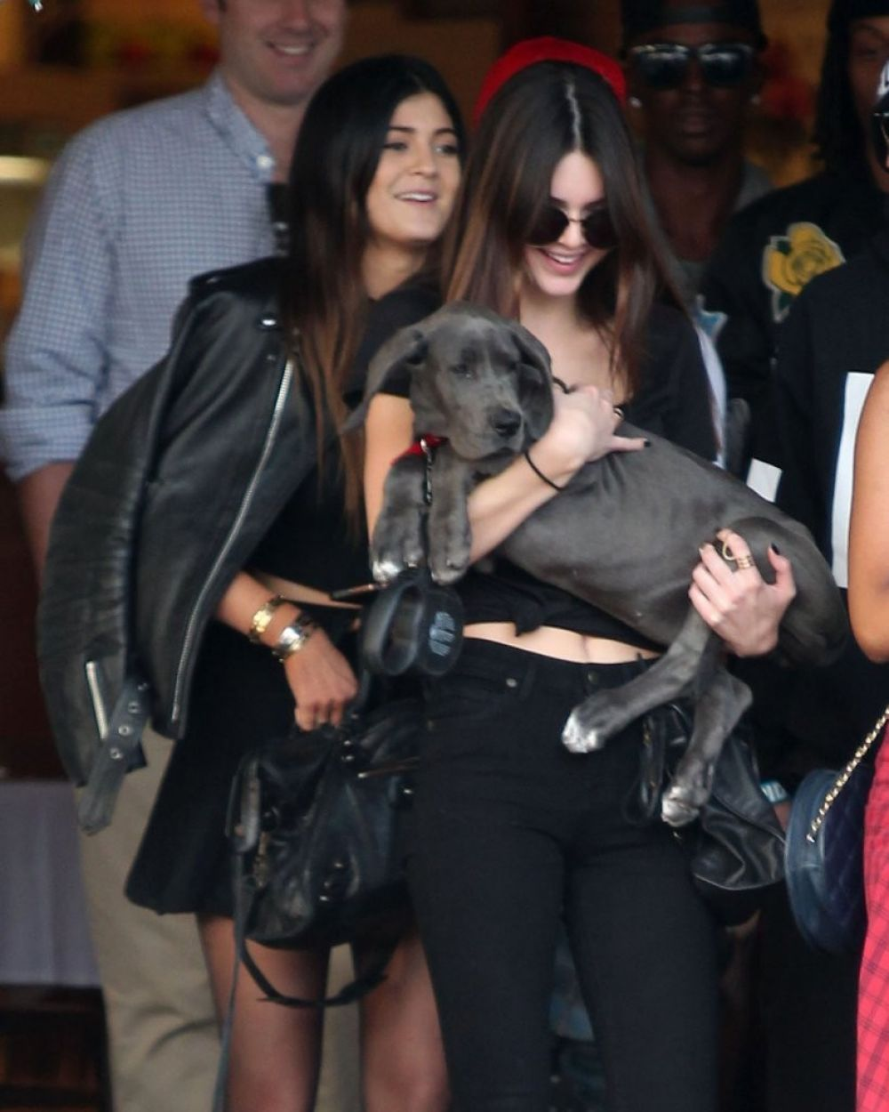 39feae1cd35e2 Kendall & Kylie Jenner Shopping At Fred Segal In West Hollywood ...