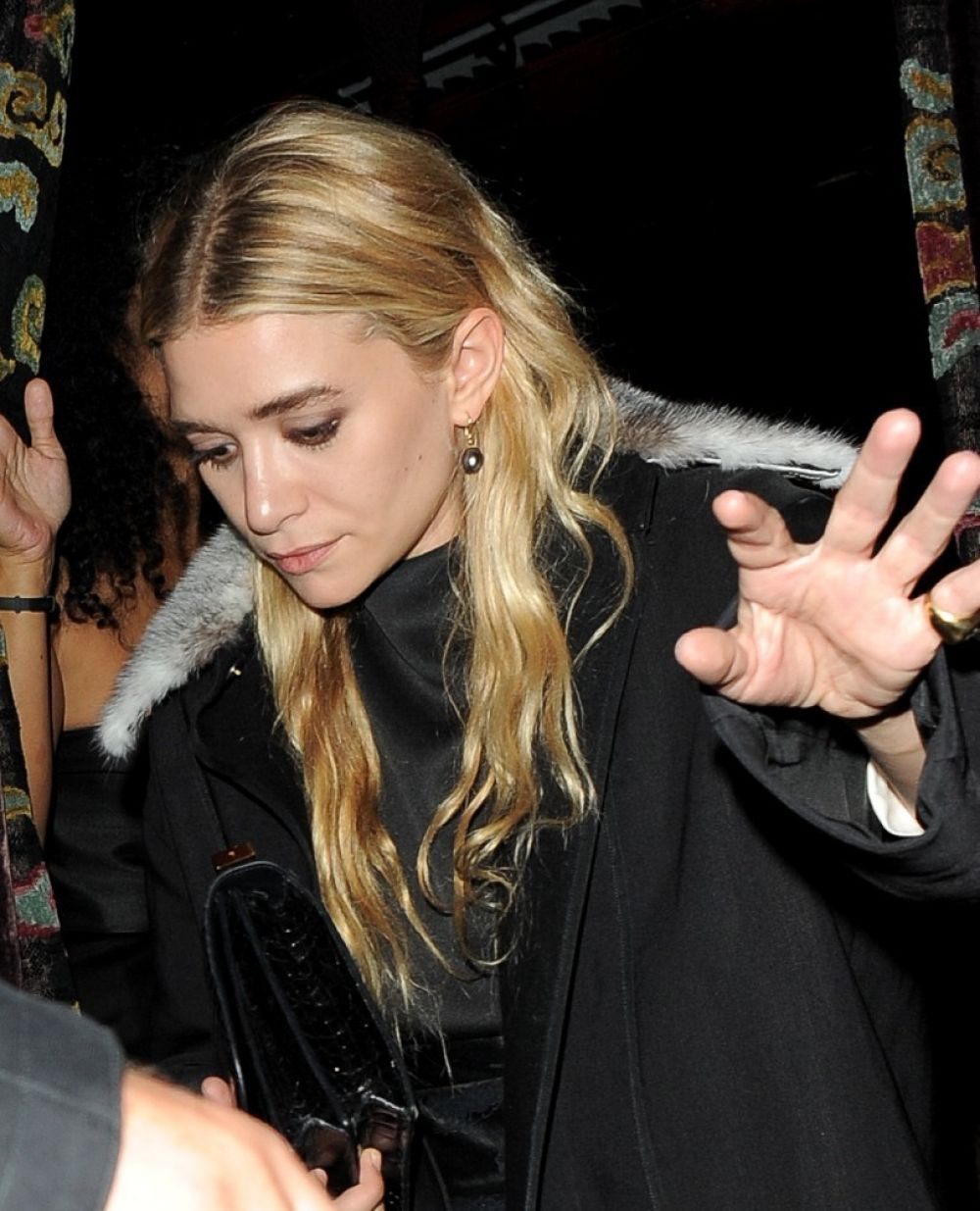 Mary Kate And Ashley Olsen Leave The Arts Club In London