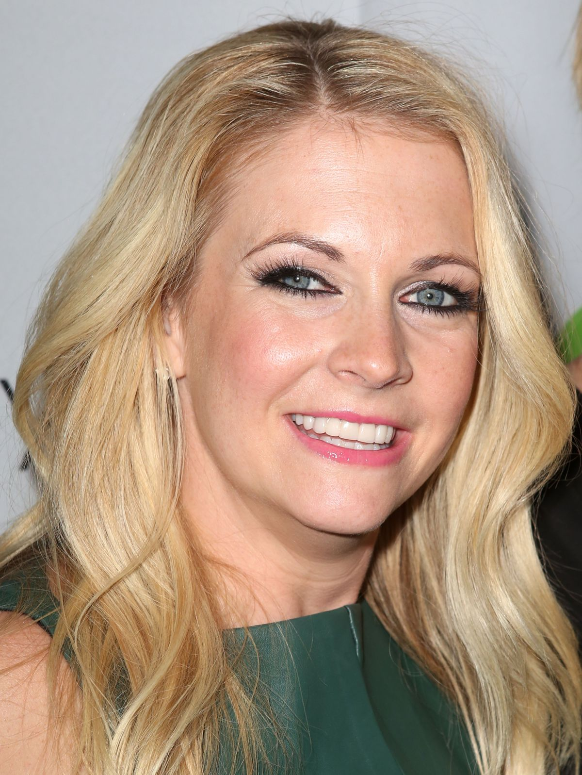 Melissa Joan Hart At Book Launch Party In New York - Celebzz