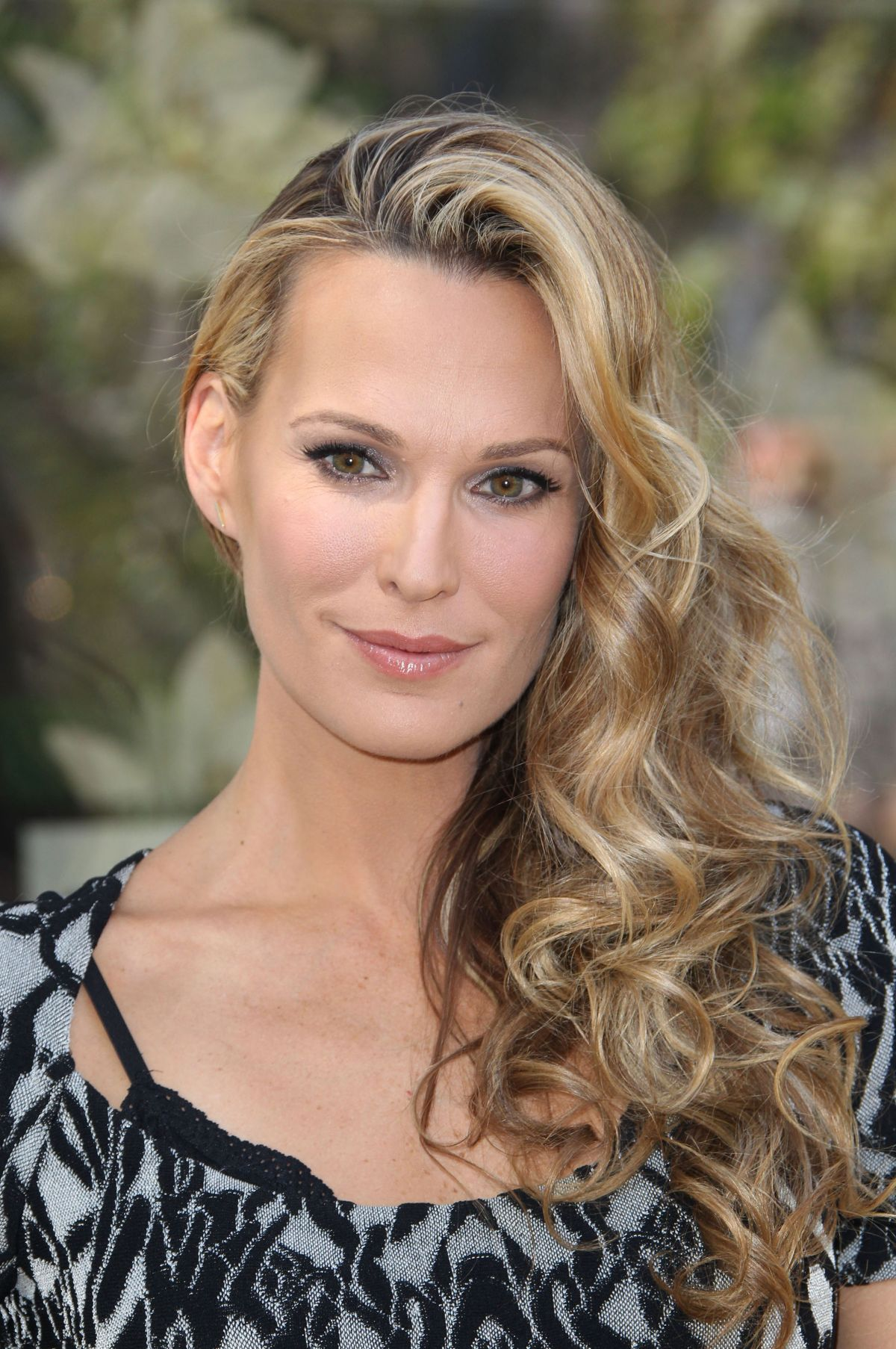 Celebrity Molly Sims nudes (39 pics), Twitter