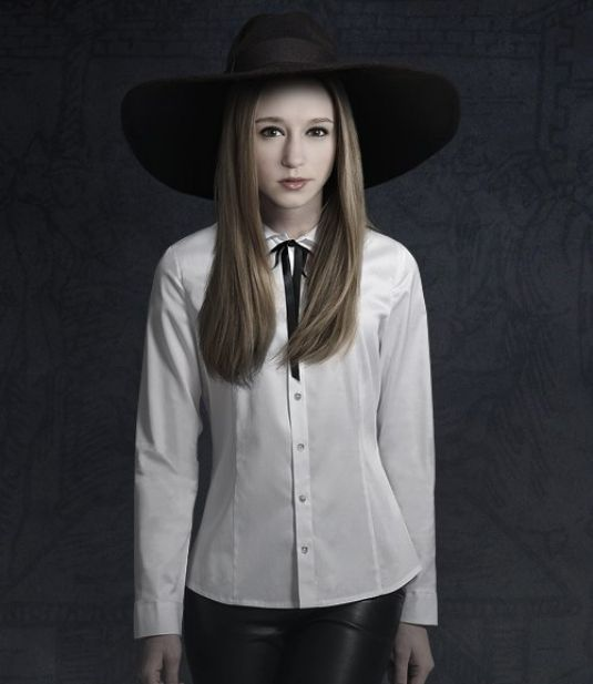 taissa-farmiga-at-american-horror-story-