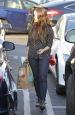 Alanis Morissette Shopping At Whole Foods In Brentwood