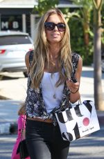 Audrina Patridge Seen At Andy LeCompte Hair Salon In Los Angeles