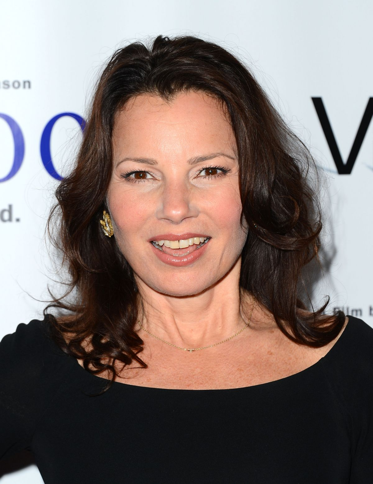 Filed Under: Fran Drescher - fran-drescher-at-the-premiere-of-bridegroom-in-beverly-hills_1