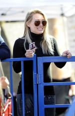 Hilary Duff At The Farmers Market In Studio City