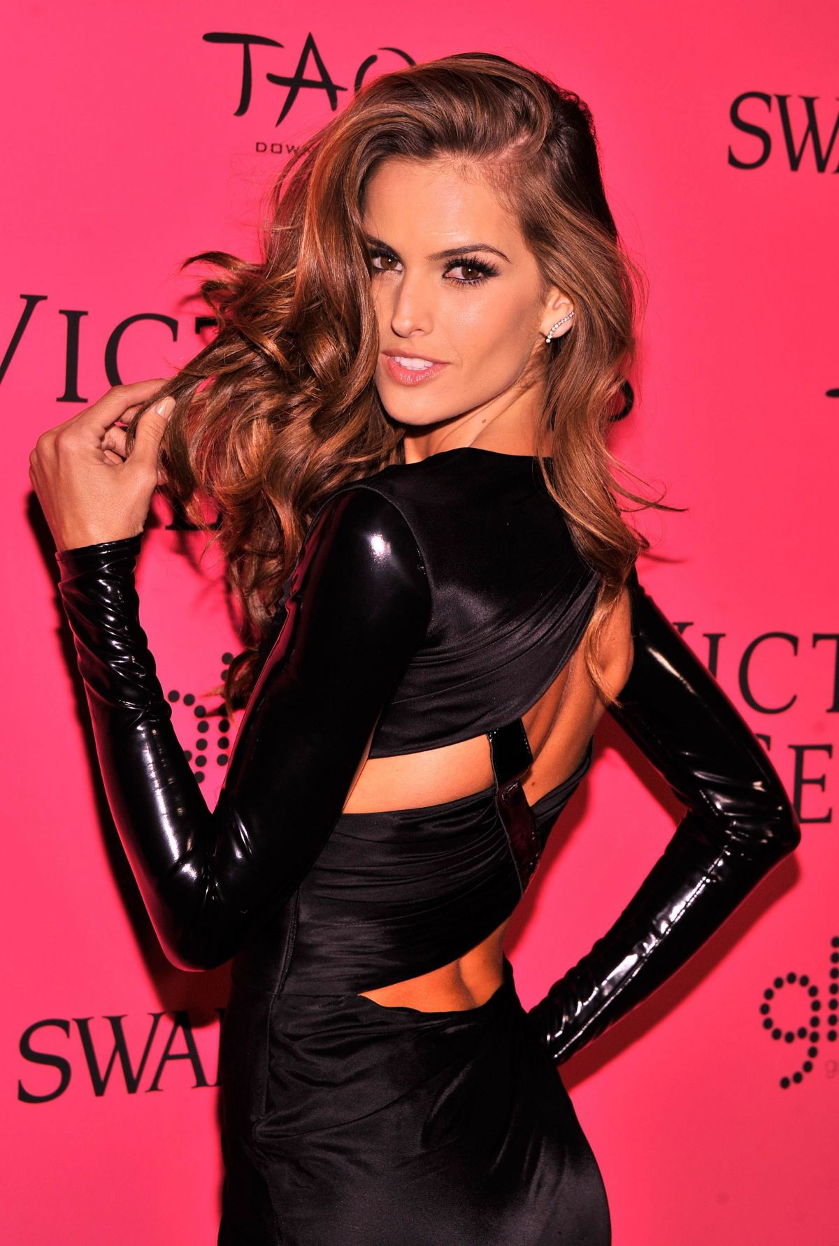 Snapchat Izabel Goulart nude (46 photos), Instagram