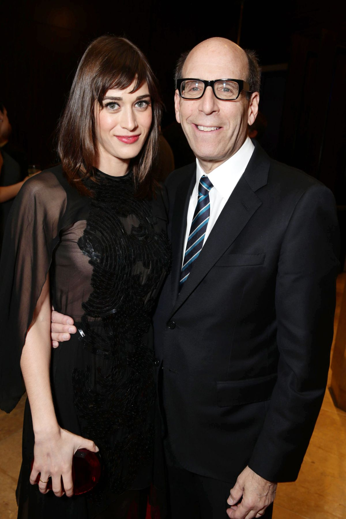 Lizzy Caplan At The Saban Community Clinic 37th Annual Dinner Gala In Beverly Hills