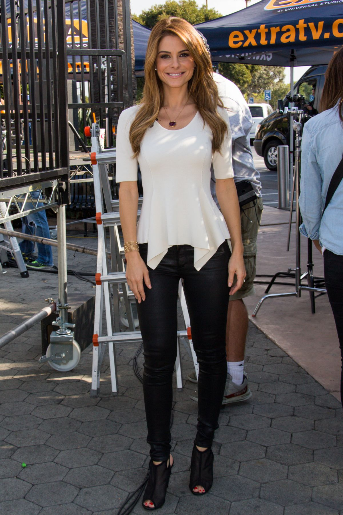 maria menounos seen on the set of extra at universal