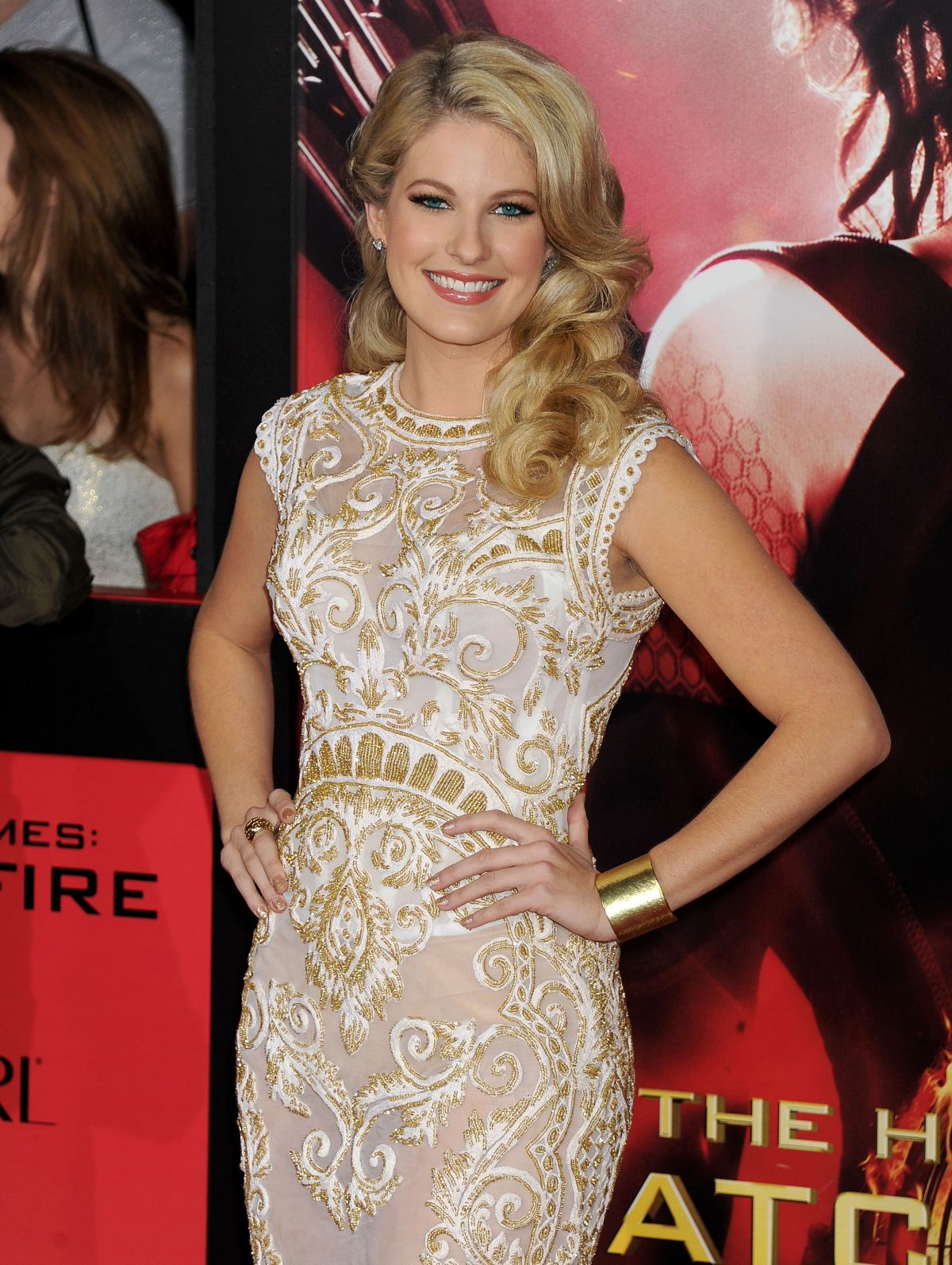 Stephanie Leigh Schlund At The Hunger Games Catching Fire ...
