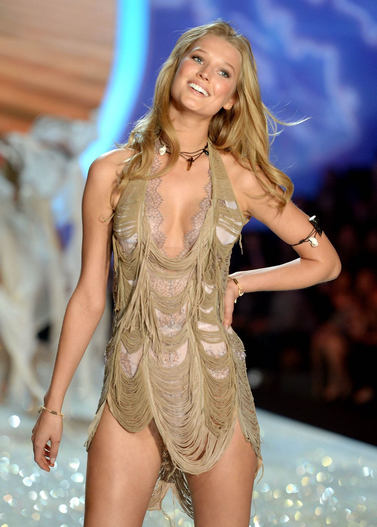 Toni Garrn At Victoria's Secret Fashion Show - Celebzz ...