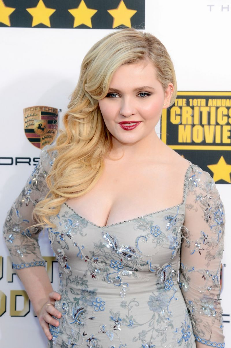 Abigail Breslin - 19th Annual Critics' Choice Movie Awards ...