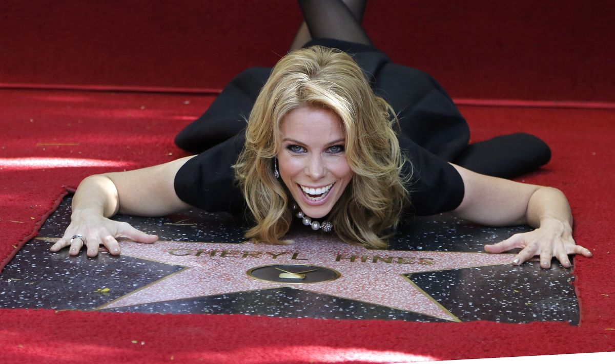 Cheryl Hines At Hollywood Walk Of Fame - Celebzz - Celebzz