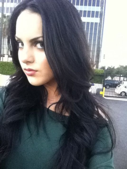 Elizabeth Gillies Twitter And Personal Pics - Celebzz