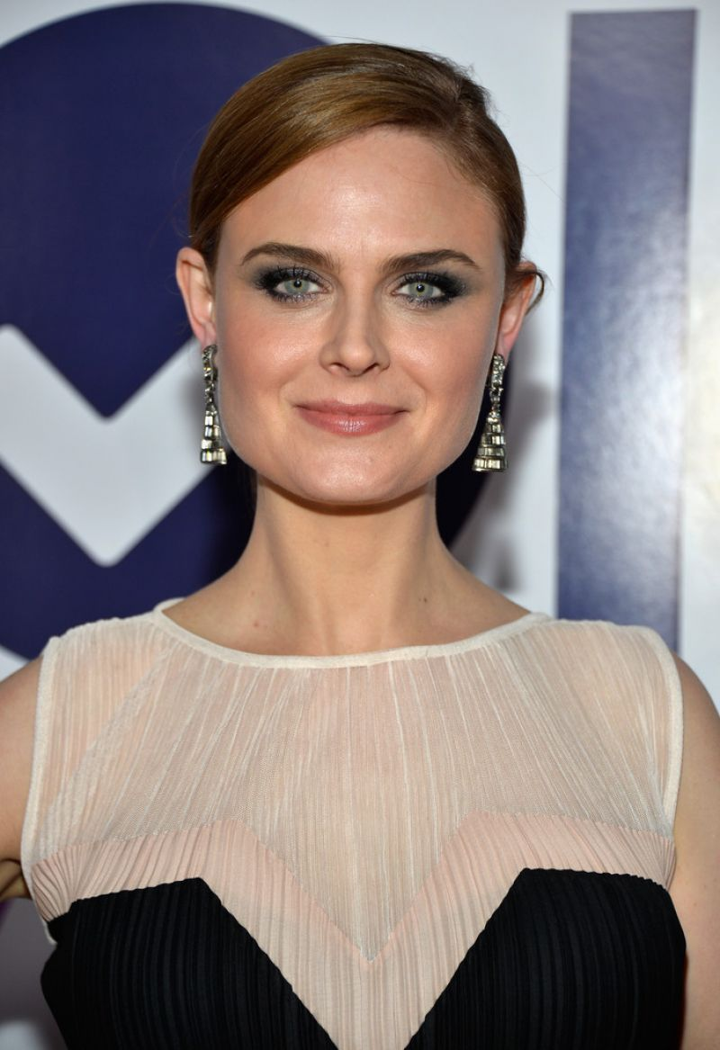 Emily Deschanel At 40th Annual People