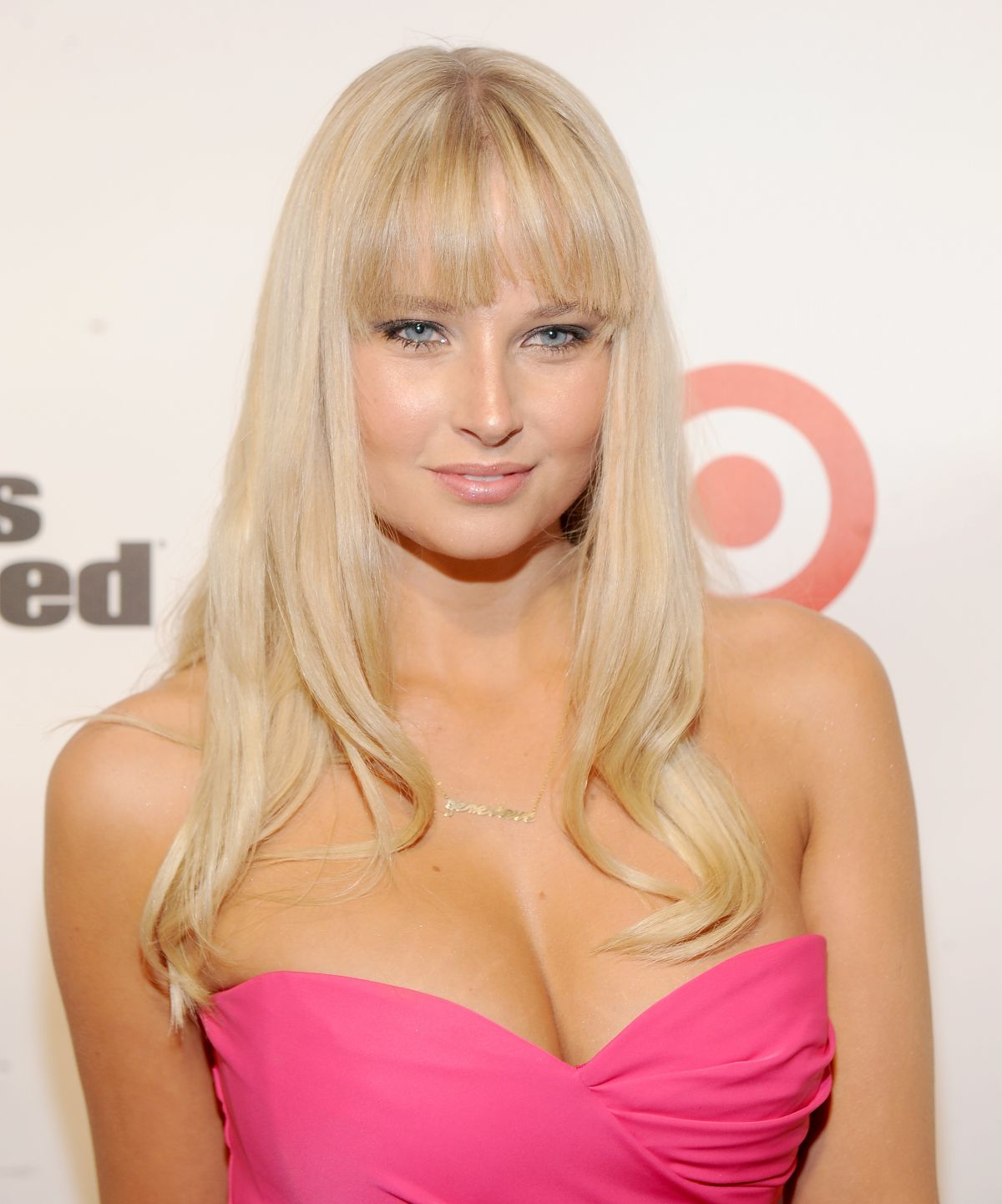 Camille Kostek Outtakes: Genevieve Morton At 2013 Sports Illustrated Swimsuit