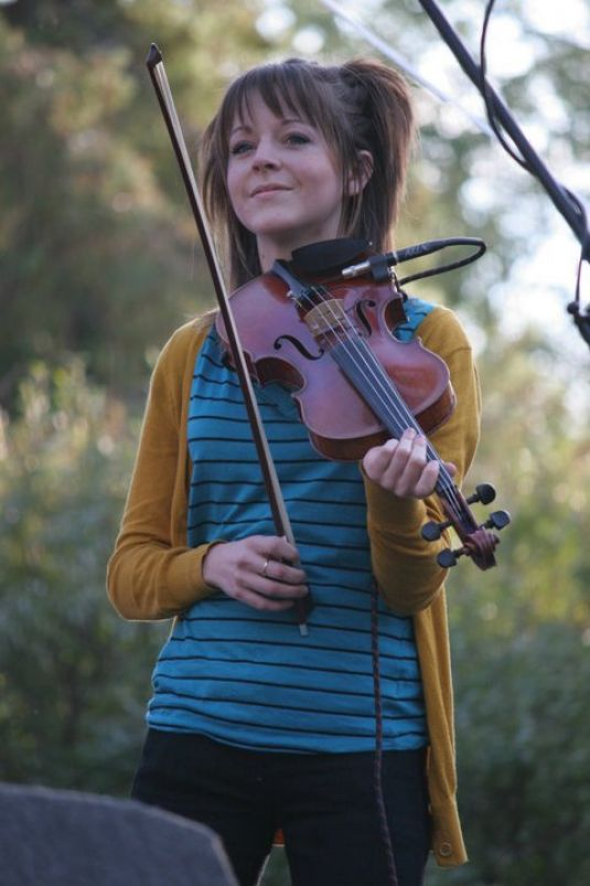 lindsey christian personals Lindsey stirling (born september 21 2016 and peaking at number one on the hot christian songs chart the two began dating.