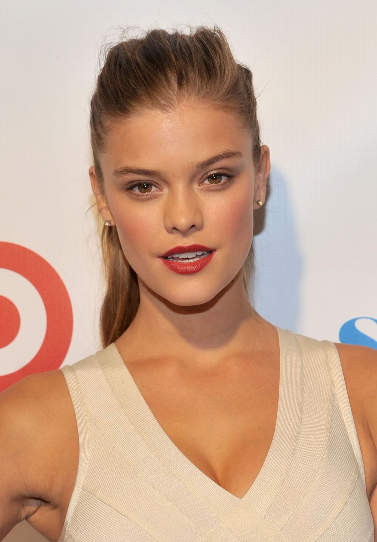 Nina Agdal - The Sports Illustrated Swimsuit 2014 Beach ... |Nina Agdal Sports Illustrated 2014