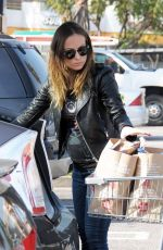 Olivia Wilde At Whole Foods In West Hollywood