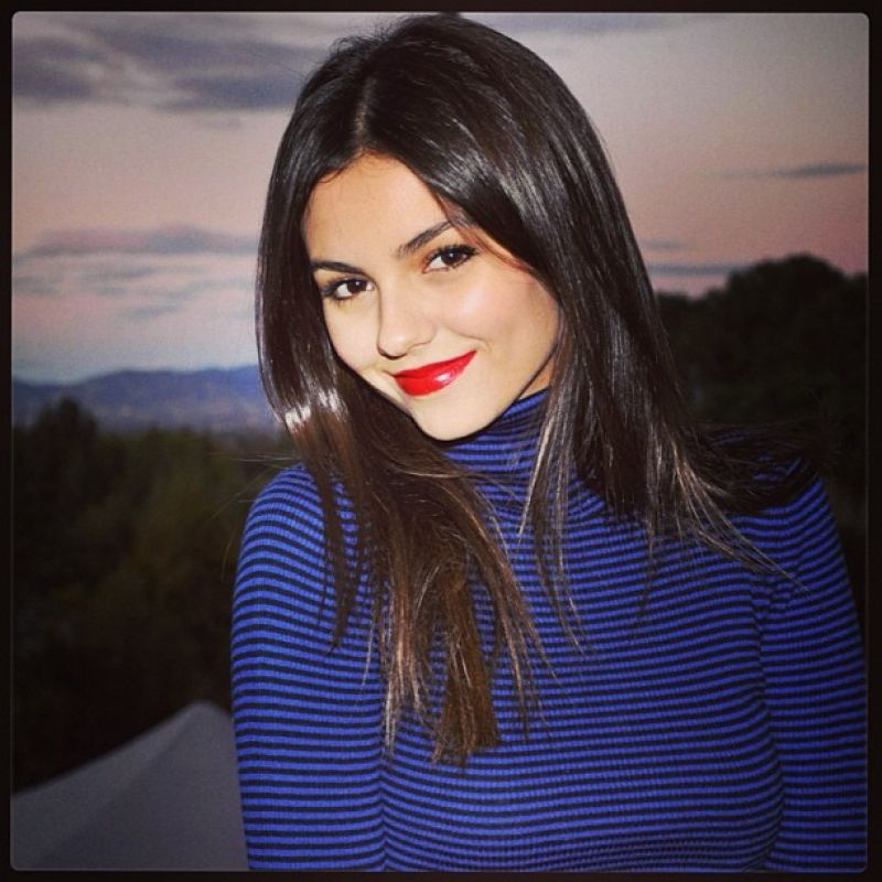 Victoria Justice Twitter Instagram And Personal Pics