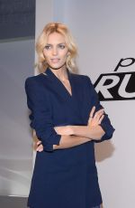 Anja Rubik At The