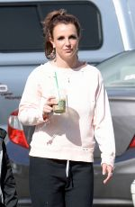 Britney Spears Out n About In Thousand Oaks