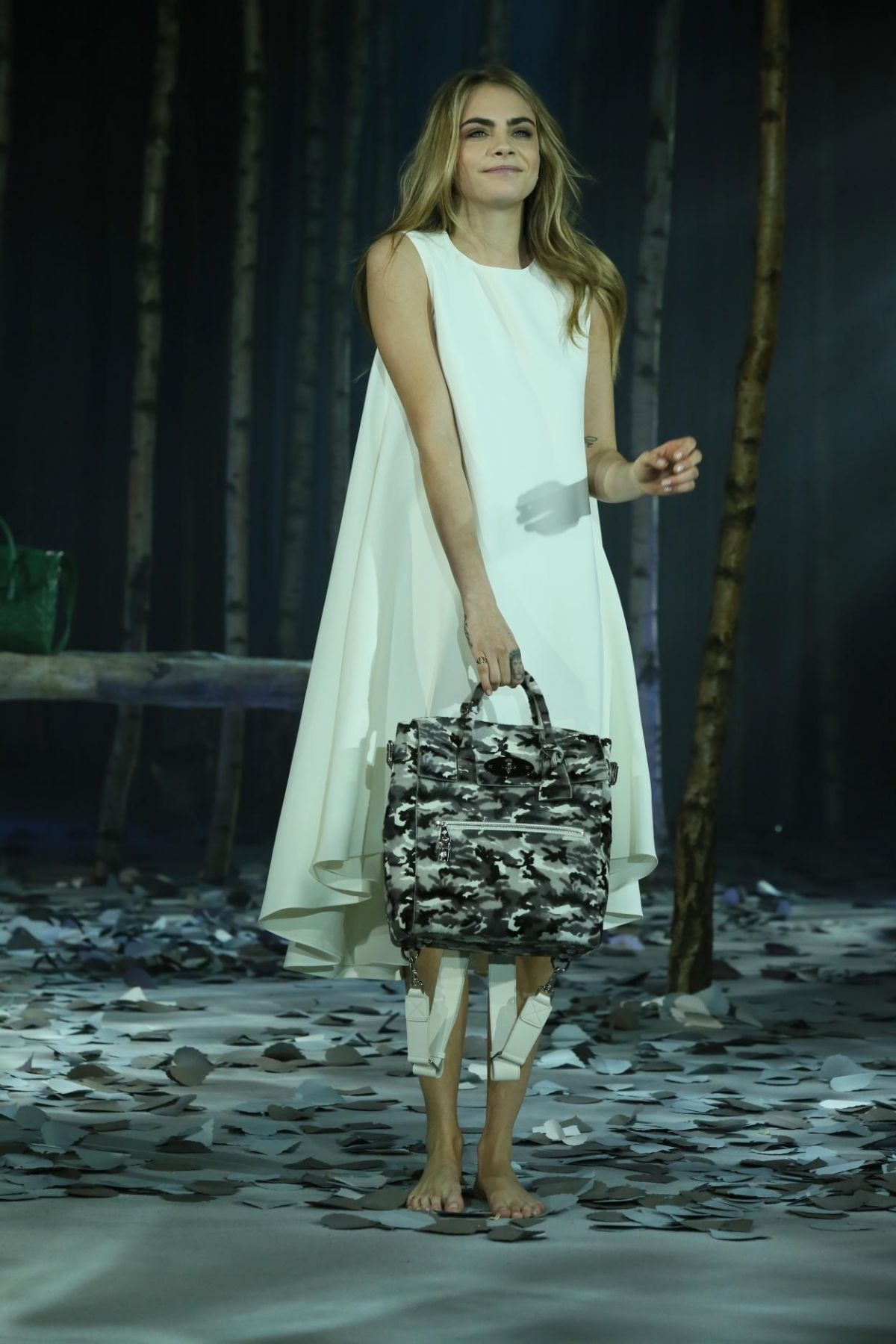 7fb6d25f2615 Cara Delevingne At Cara Delevingne Collection By Mulberry - Celebzz