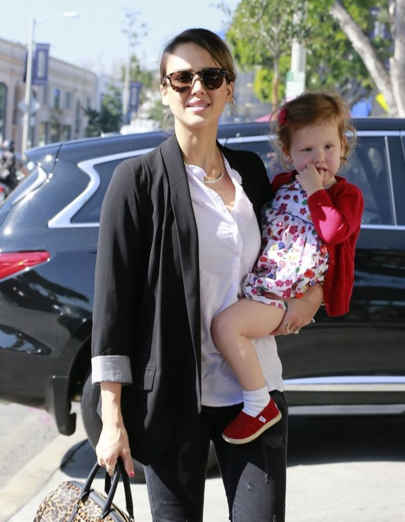 Jessica Alba At The Urth Caffe In West Hollywood