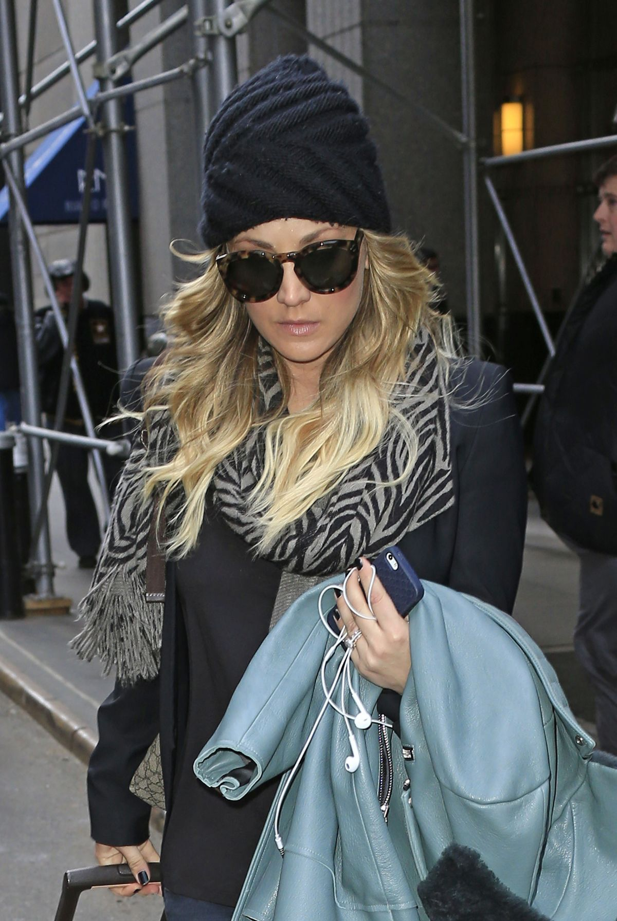 Kaley Cuoco Checking Out Of The London Hotel In New York City Celebzz Celebzz