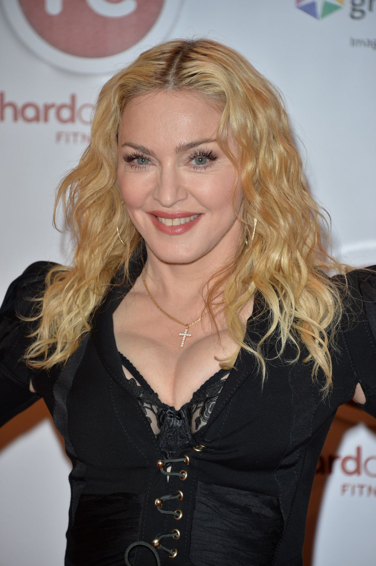 madonna-at-hard-candy-fitness-toronto-gr