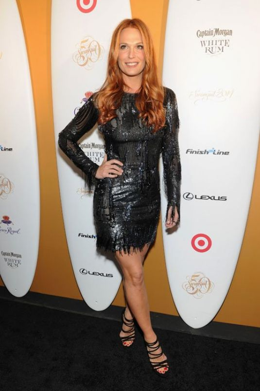 Molly Sims At Sports Illustrated Swimsuit 50 Years Of Swim Celebration