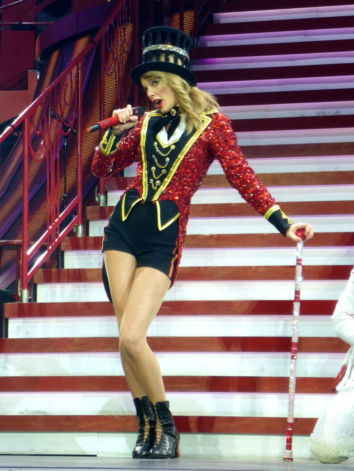 Red Tour Ringleader Taylor