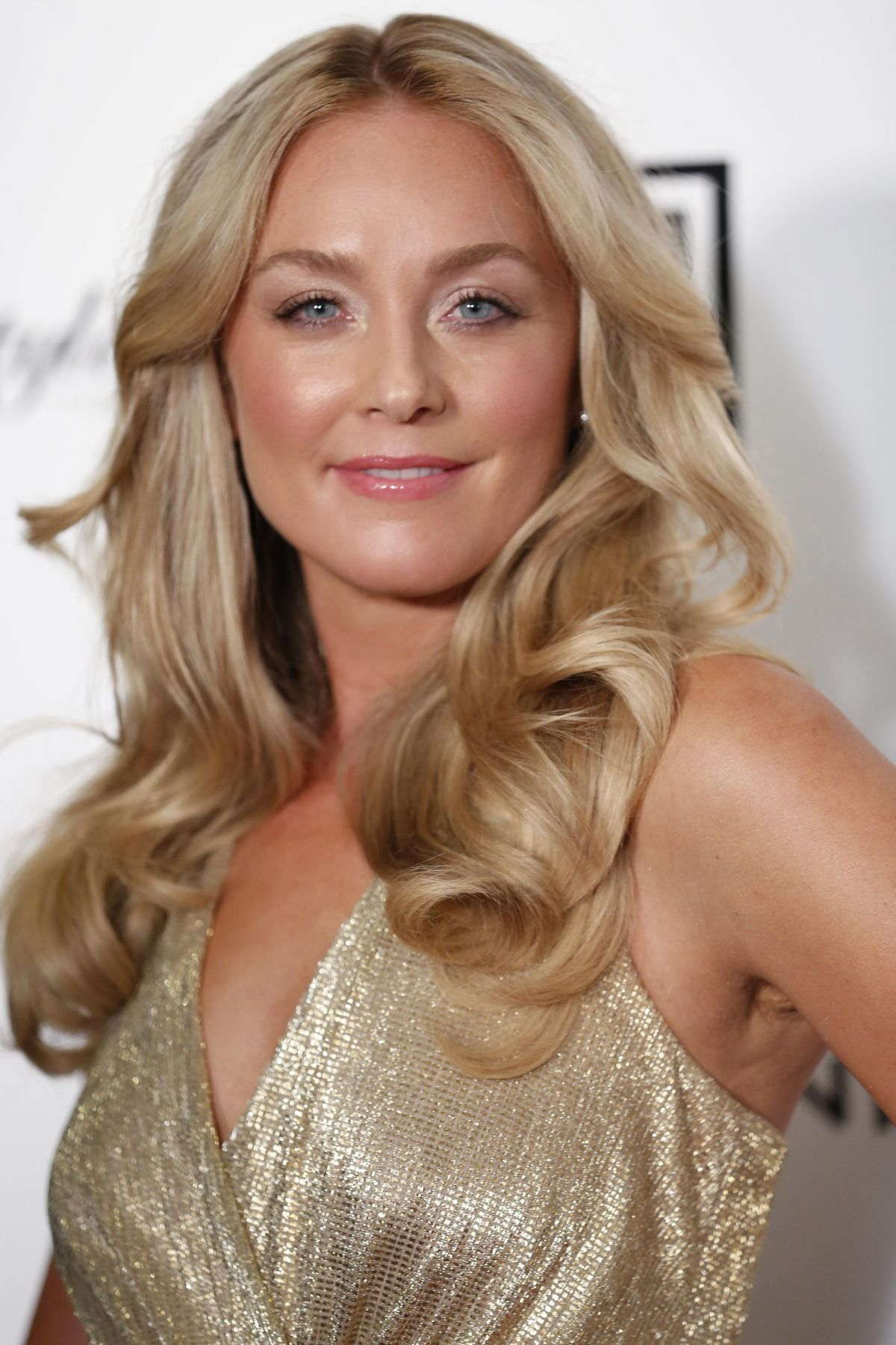 Elisabeth Rohm At Beverly Hills Lifestyle