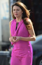 Jane Leeves Filming Sitcom