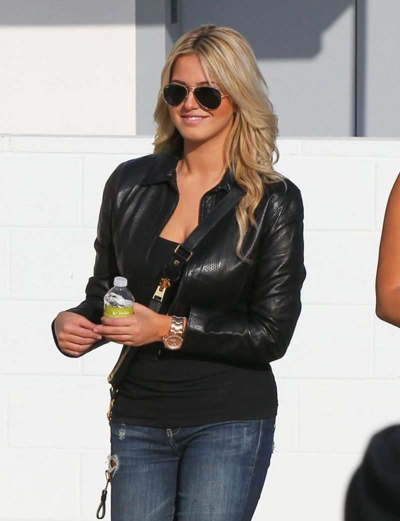 Kate upton out in beverly hills nudes (34 images)