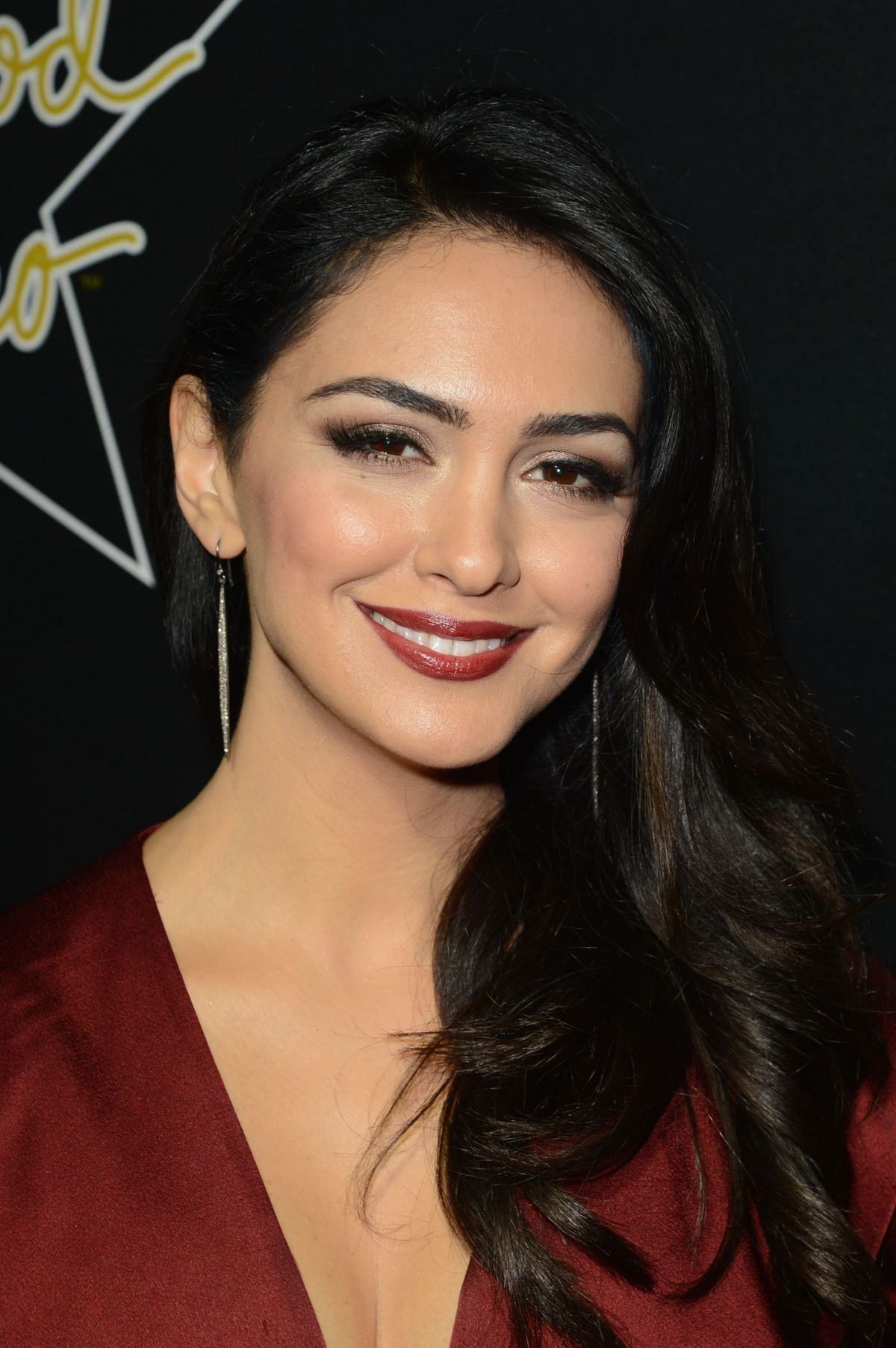 Nazanin Boniadi At 7th Annual Hollywood Domino And Bovet 1822 Gala In    Nazanin Boniadi Teeth