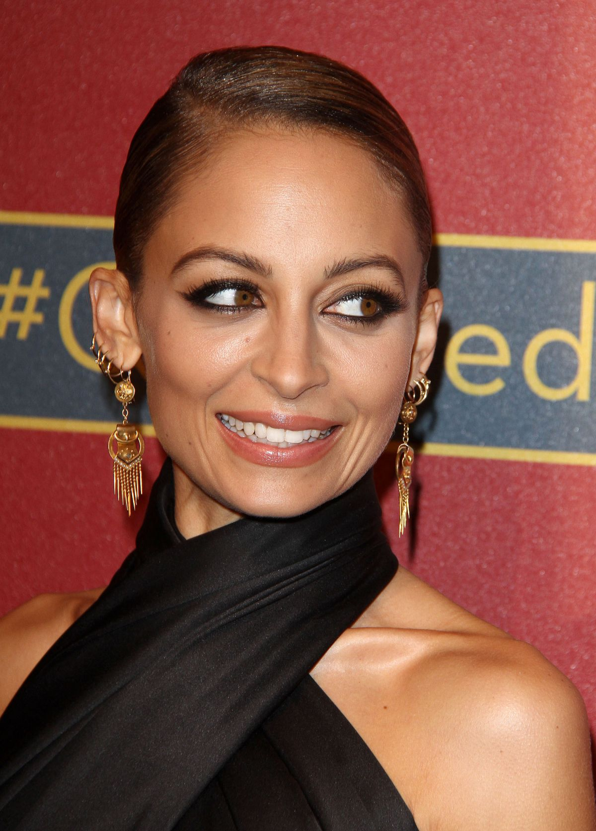Nicole Richie At QVC Red Carpet Style Event In Beverly Hills - Celebzz ... Nicole Richie