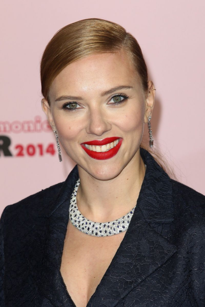 Scarlett Johansson At 39th Cesar Film Awards 2014 In Paris
