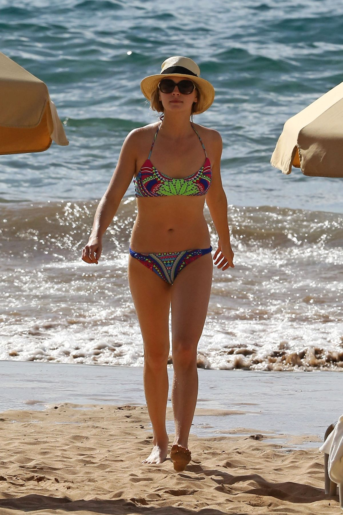 Candice Accola Wearing A Bikini At A Beach In Maui