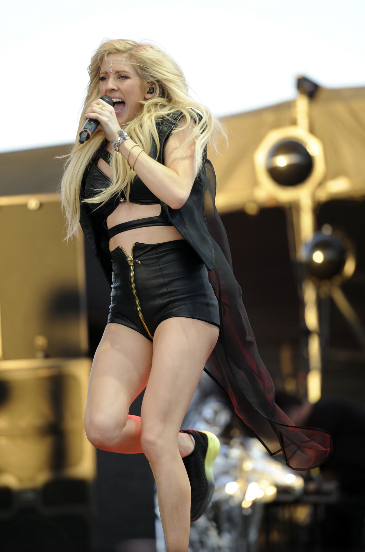Ellie Goulding At Coachella Music And Arts Festival