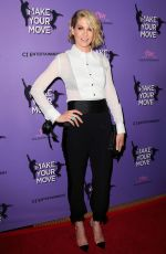 Jenna Elfman At Premiere Of