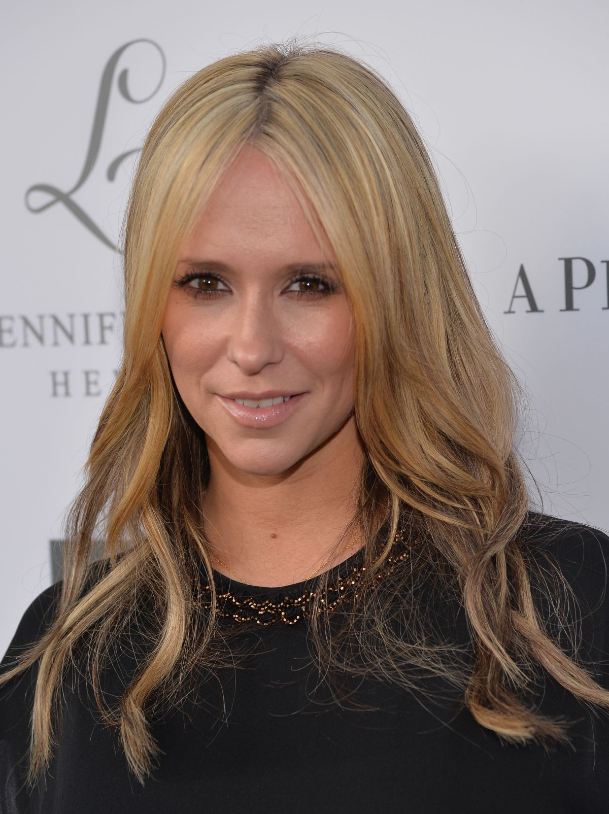 Jennifer Love Hewitt At L By Jennifer Love Hewitt Launch At Pea In The Pod In Beverly Hills