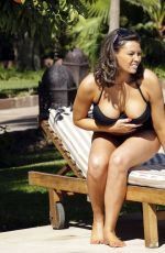 Jessica Wright Seen By The Pool In Marrakech