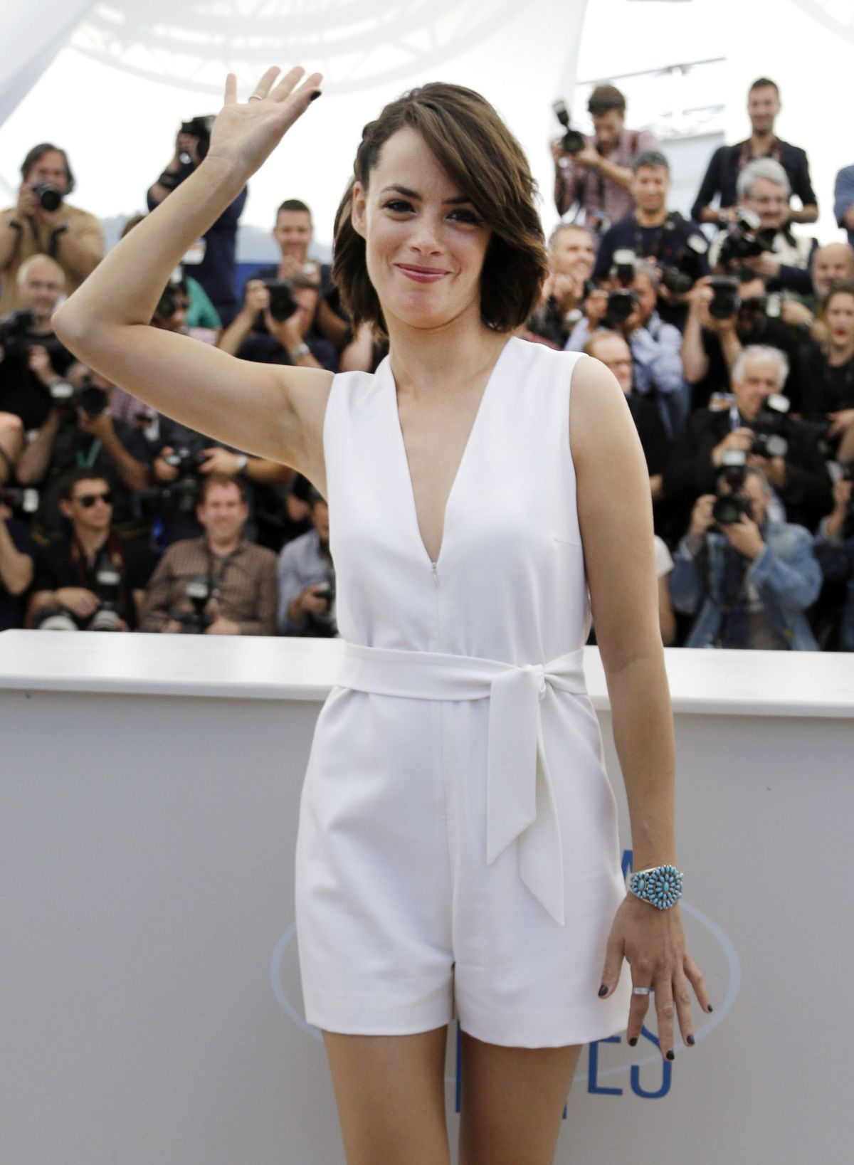 """Bérénice Bejo At Cannes Film Festival At """"The Search"""" Photocall"""