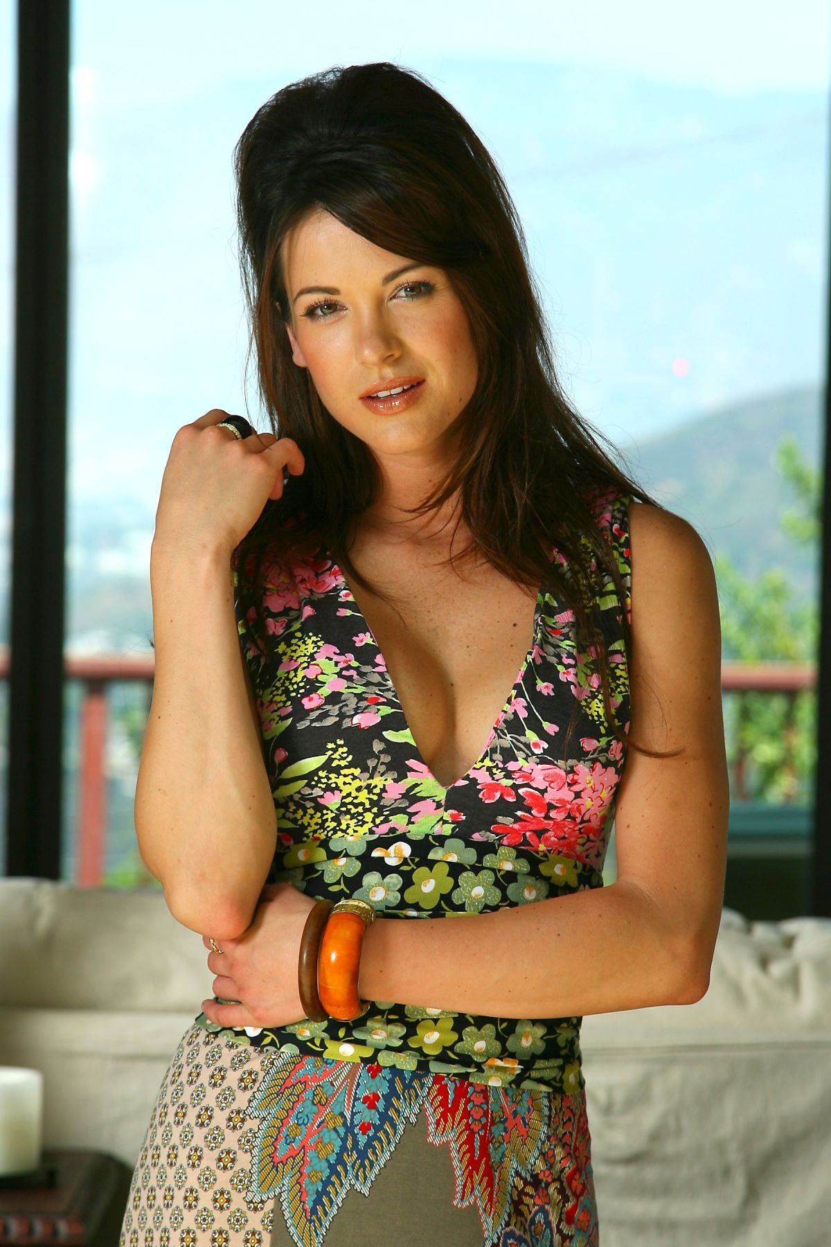 Danneel Ackles Harris At 2006 InTouch Magazine Photoshoot