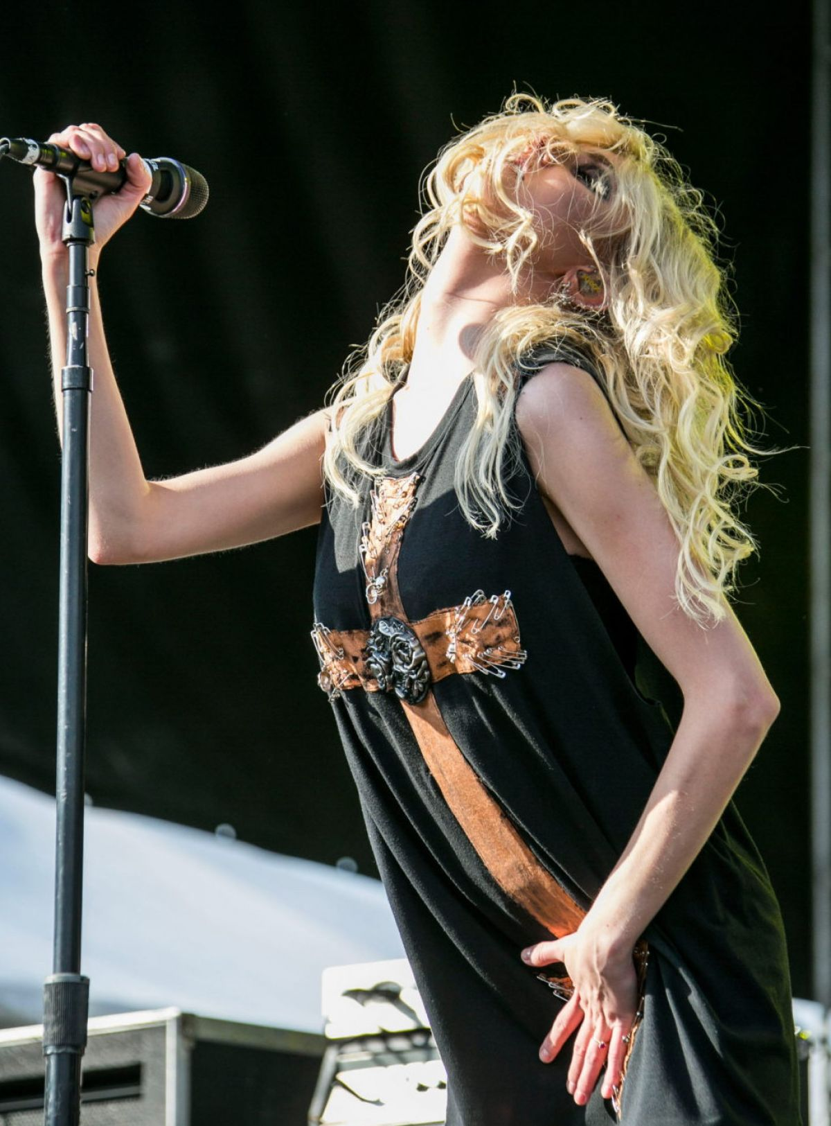 Taylor Momsen Performing at 'Rocklahoma' in Pryor - May 2014 |Taylor Momsen 2014