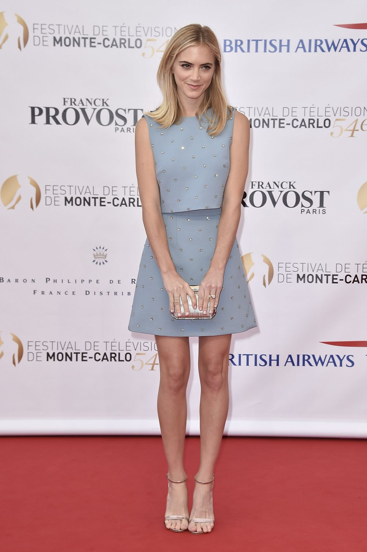 how tall is emily wickersham